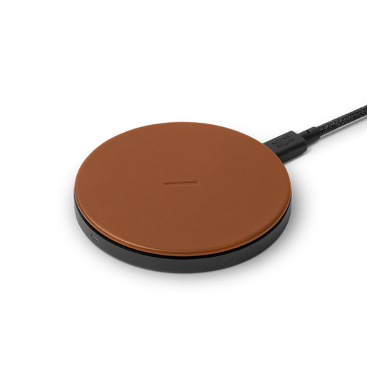 Беспроводное зарядное устройство Native Union Drop Classic Leather Wireless Charger Brown (DROP-BRN-CLTHR-NP)